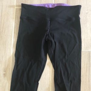 Lululemon Black and Purple Reversible leggings 8